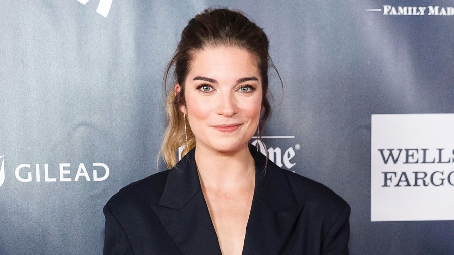 Schitts Creek Star Annie Murphy Choked on Bacon After Finding Out About Her Emmy Nomination