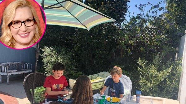 Angela Kinsey More Parents Are Homeschooling Kids Amid Coronavirus