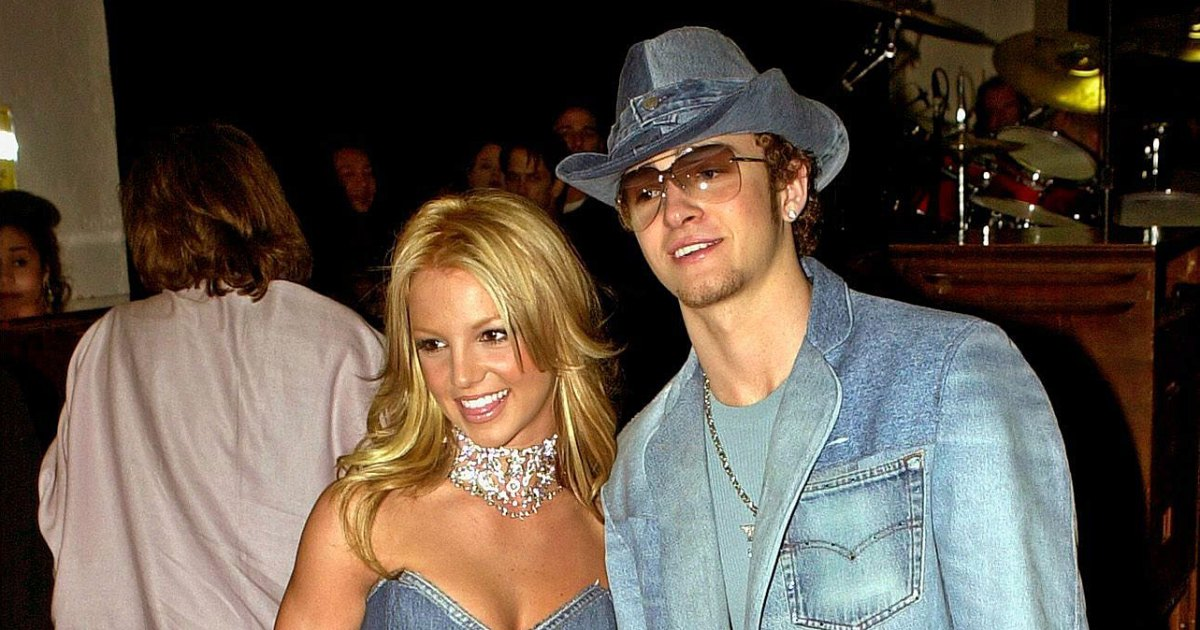 Britney Spears Jokes About Her and Justin Timberlake's 2001 AMAs Looks