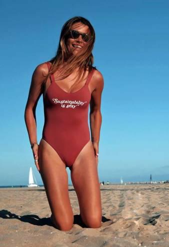 Caelynn Miller-Keyes and More Bachelor Nation Stars Slay in Bikinis