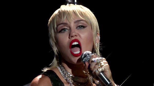 Watch Miley Cyrus VMAs Performance Midnight Sky MTV VMA 2020