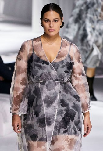 Ashley Graham Hits the Runway for the 1st Time Since Giving Birth