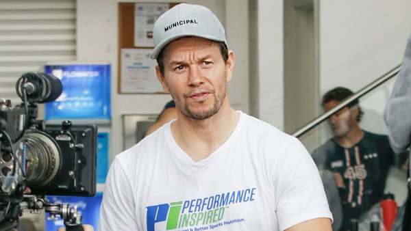 Mark Wahlberg Performance Inspired Brand Donates 1.3 Million Masks to US Schools