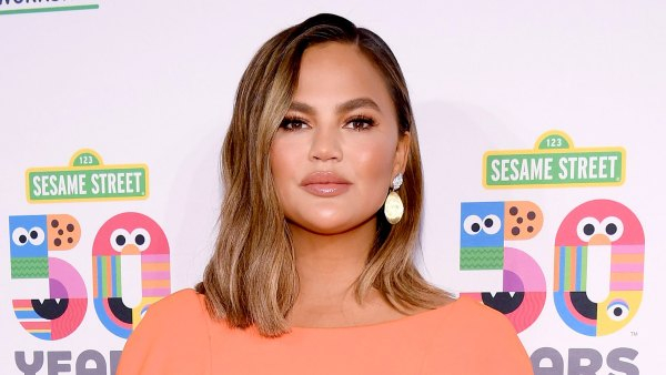 Chrissy Teigen Leaves Hospital With No Baby After Suffering Miscarriage