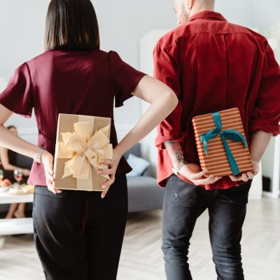 holiday-gift-guide-stock-photo