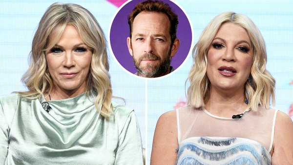 Jennie Garth Tori Spelling Struggle With Luke Death They Watch 90210