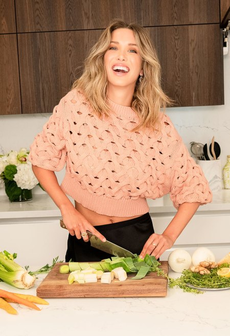 Melissa Bolona Tells Us How Beauty and the Broth Bone Broth Helps With Gut Health Shiny Hair and Glowing Skin