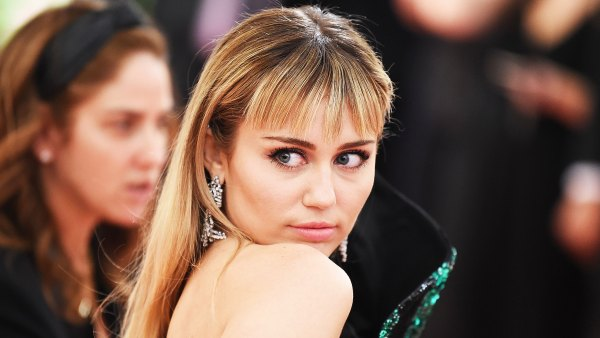 Miley Cyrus Reveals She Is 2 Weeks After Coronavirus Pandemic Setback