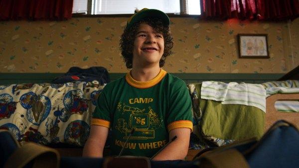 Stranger Things Gaten Matarazzo Teases Dustin Outfits in Season 4