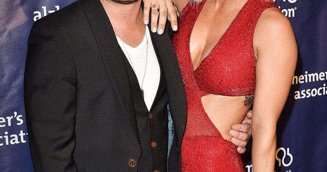 Kaley Cuoco and Johnny Galecki's Relationship Through the Years: From Costar Couple to Friendly Exes.jpg