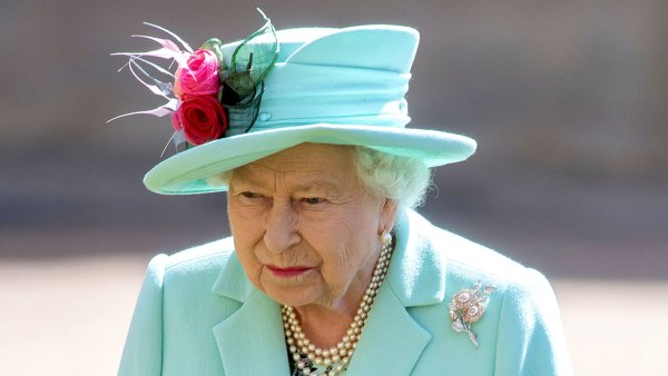 Queen Elizabeth Dog Vulcan Dies