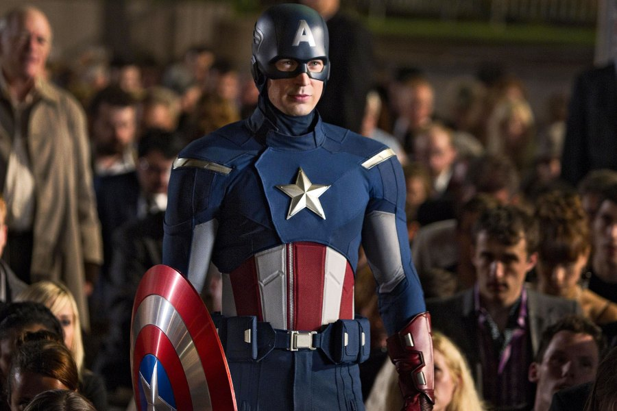 Chris Evans Responds to Claims Hes in Talks to Reprise Captain America Role Avengers