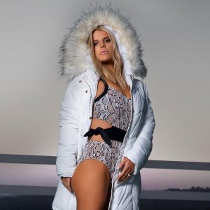 Jessica Simpson Shows Off Her Toned Figure in a Sexy Swimsuit Promo