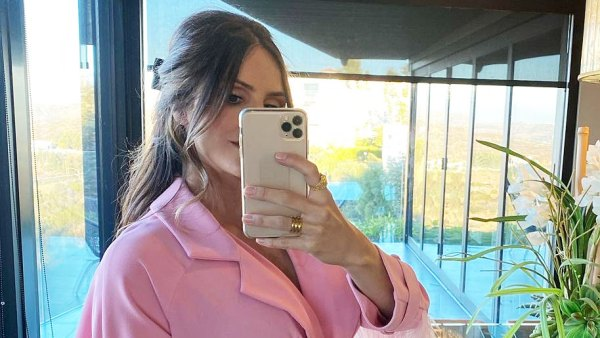 Pregnant Katharine McPhee Gives First Glimpse of Bare Baby Bump