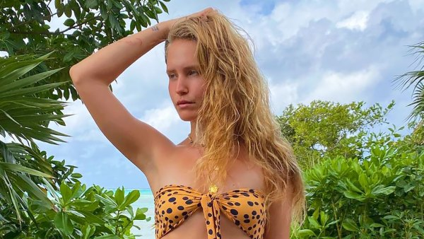 Sailor Brinkley-Cook's Swimsuit Can Be Worn 7 Different Ways