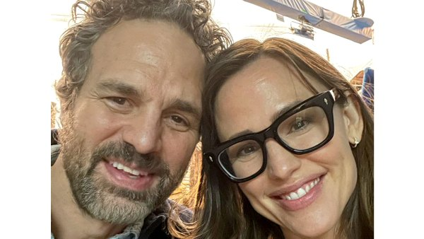 13 Going 30 Costars Mark Ruffalo Jennifer Garner Reunite Canada