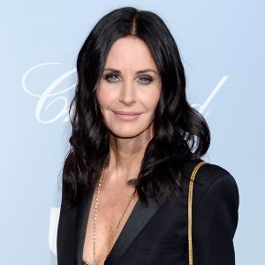Courteney Cox Shares Her 5 Minute Makeup Routine