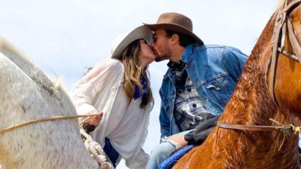 Hannah Brown and Adam Woolard Kissing on Horse Kissing on Horse