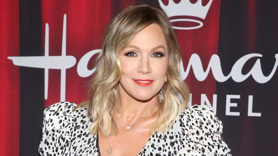 Jennie Garth Jokingly Blames Kelly Taylor's Love Life for Her Divorces, Says Kelly and Dylan Were 'Soulmates'