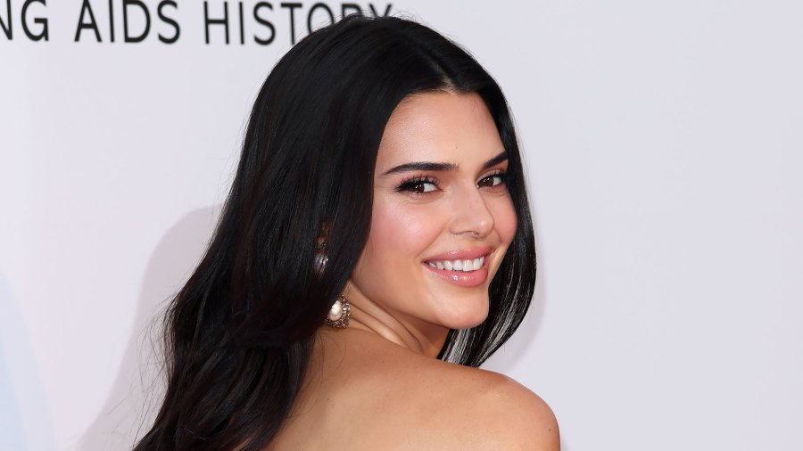 Kendall Jenner Bares Her Backside in String Bikini: Pics Label: Celebrity Style