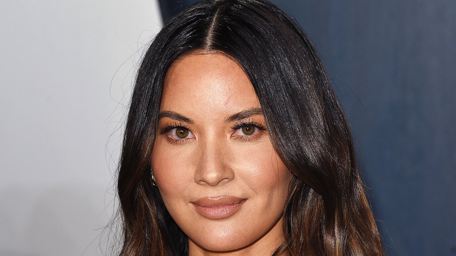 Olivia Munn The Weeknd halftime super bowl performance reactions 2021