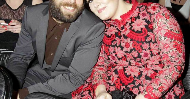 Adele and Simon Konecki Finalize Divorce Nearly 2 Years After Announcing Their Split.jpg