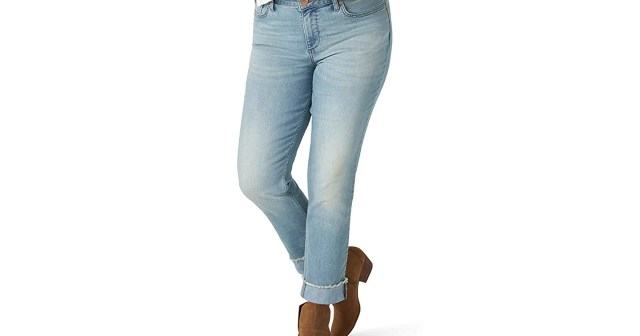 Refresh Your Spring Wardrobe With These Popular Boyfriend Jeans.jpg