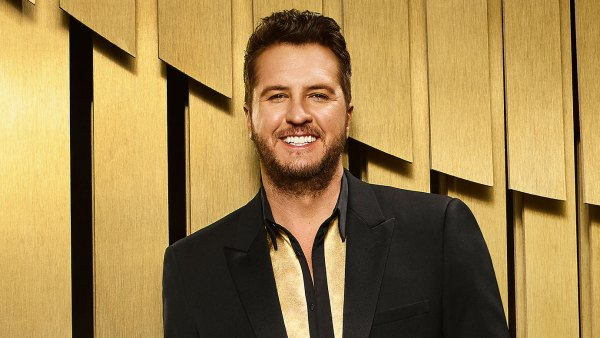 Luke Bryan Accepts ACM Entertainer of the Year from American Idol Set After COVID-19 Battle ACM Awards 2021 2