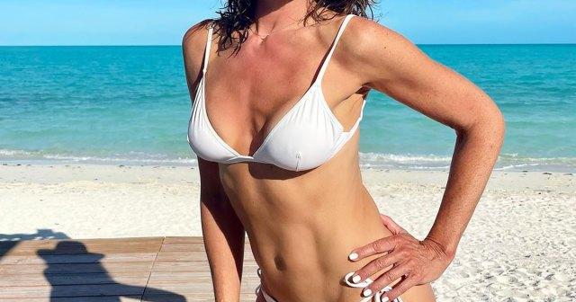 Ramona Singer, Kyle Richards and More Stars From'Real Housewives' Mashup Series DoSexy Bikini Photo Shoot.jpg