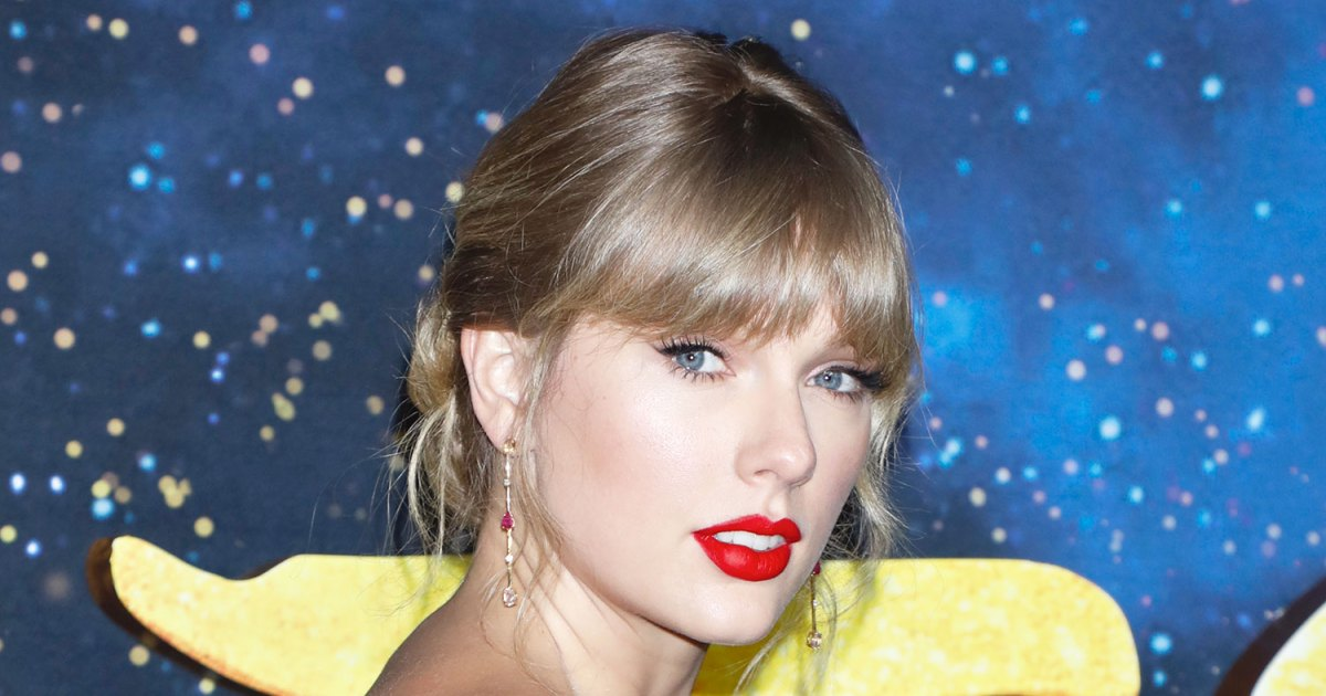 Fans Are Freaking Out Over the Hidden Message in Taylor Swift's 'Fearless' Merch Drop