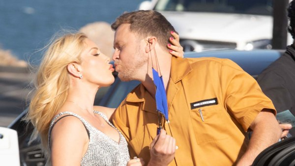 Heidi Montag and Spencer Pratt They Show PDA Just Like Us