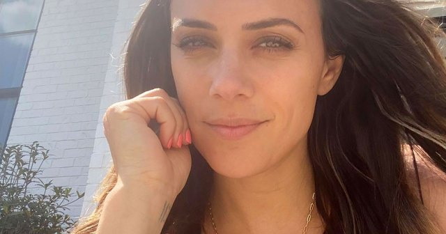 Jana Kramer Cries in the Closet Amid Mike Caussin Divorce: 'This Too Shall Pass'.jpg