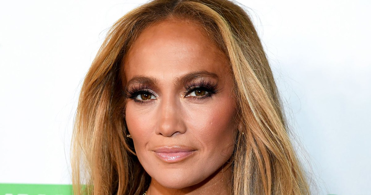 Jennifer Lopez Proves the #JLoGlow Runs in the Family in Radiant New Pic