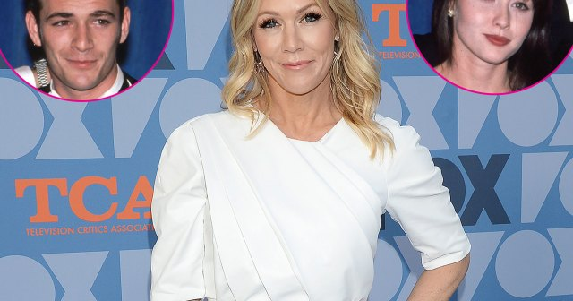 Jennie Garth Is 'Nervous' to Revisit Dylan, Kelly and Brenda's 'Beverly Hills, 90210' Love Triangle.jpg