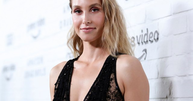 Whitney Port Says This Is the 'Most Comfortable Wireless Bra' and Wears It Every Day.jpg