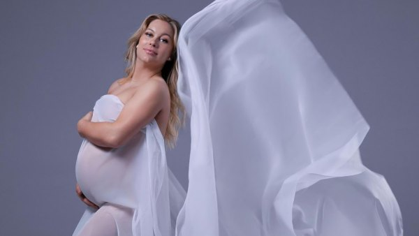 Pregnant Shawn Johnson East's Baby Bump Album Ahead of 2nd Child: Pics