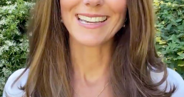 Duchess Kate Honors Her Children With the Sweetest Necklace While Announcing New Royal Initiative.jpg