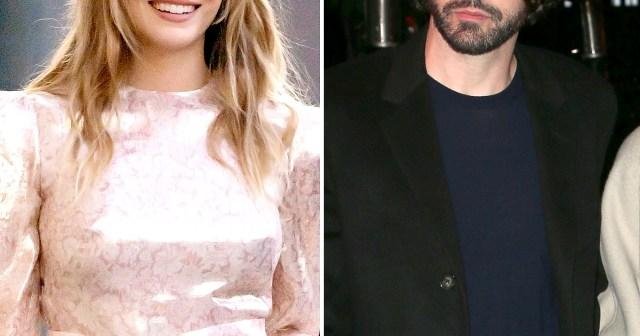 Elizabeth Olsen Quietly Married Musician Robbie Arnett in 2020.jpg