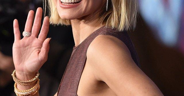 Kristen Bell Promises a 'More Risqué' Version of 'Gossip Girl' as New Trailer Debuts.jpg