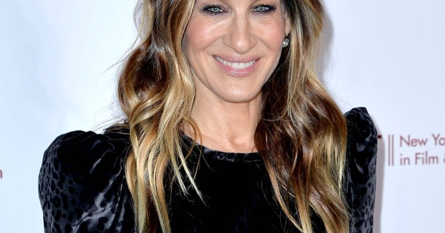 Sarah Jessica Parker Visits Carrie's Apartment Ahead of 1st 'Sex and the City' Series Table Read: Pics.jpg