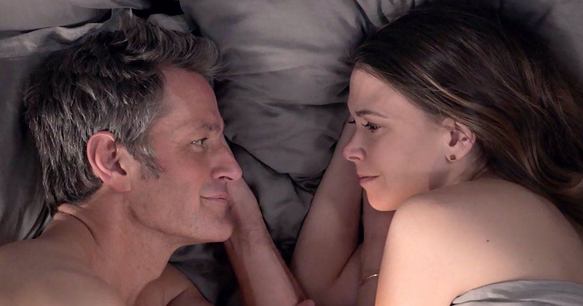 Younger-Finale-Sneak-Peek-Liza-Charles-Promise-No-More-Lies-While-in-Bed.jpg?crop=0px,74px,2000px,1051px&resize=1200,630&ssl=1&quality=86&strip=all