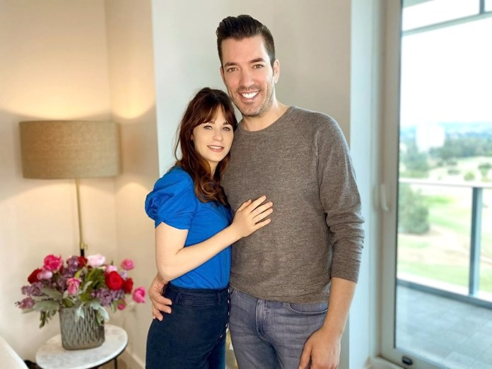 Zooey Deschanel Reveals Why Her Relationship With Jonathan Scott Works So Well