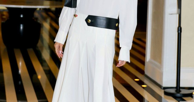 LOL! Victoria Beckham's Latest Fashion Choice Has Fans Comparing Her to the 'Annabelle' Horror Doll.jpg