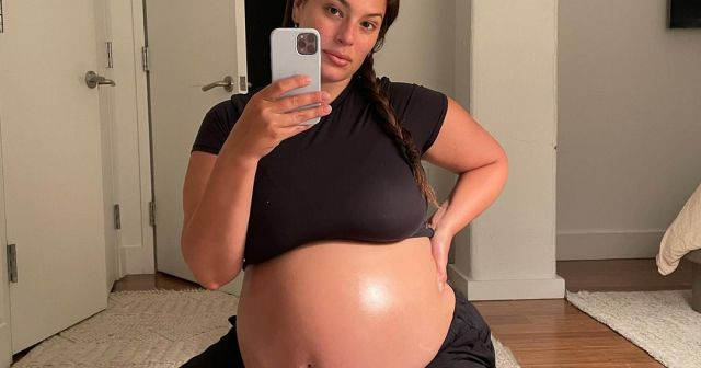 Celebrities Who Have Posed Nude While Pregnant: Pics.jpg