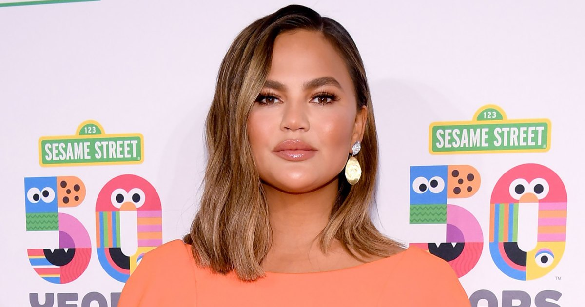 Chrissy-Teigen-Gets-Emotional-About-Postpartum-Body-After-Miscarriage.jpg?crop=0px,55px,1333px,699px&resize=1200,630&ssl=1&quality=86&strip=all