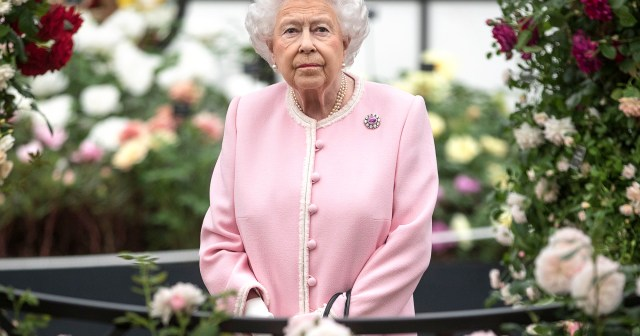 Queen Elizabeth II Honors 9/11 Victims As U.S. National Anthem Plays at Changing of the Guard.jpg
