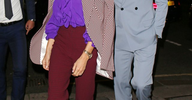 Victoria Beckham Wears Husband David Beckham's Clothes on Vacation: 'It's a Shared Suitcase'.jpg