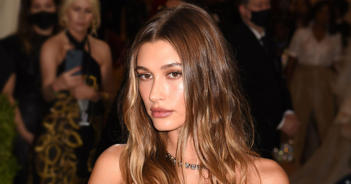 Grab a Pair of Levi's Jeans Like Hailey Bieber's — On Sale at Amazon