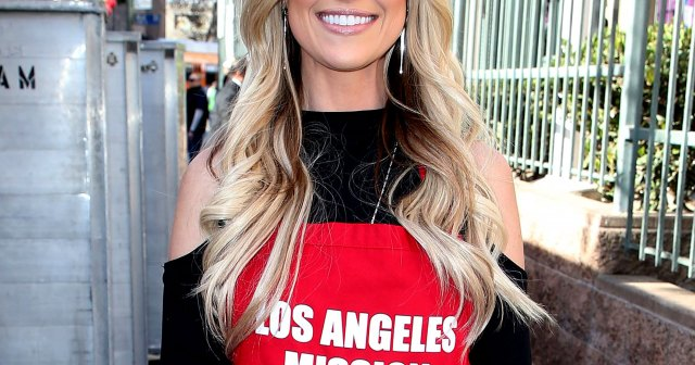 Flip or Flop's Christina Haack Undergoes Endoscopy After Dealing With 'Extreme Stomach Pain' For Years.jpg
