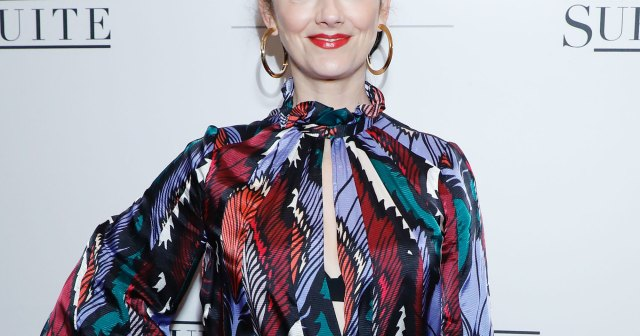 Judy Greer Says 'Halloween Kills' Had a Blood Station On Set: It's a 'Thousand Times Gorier'.jpg